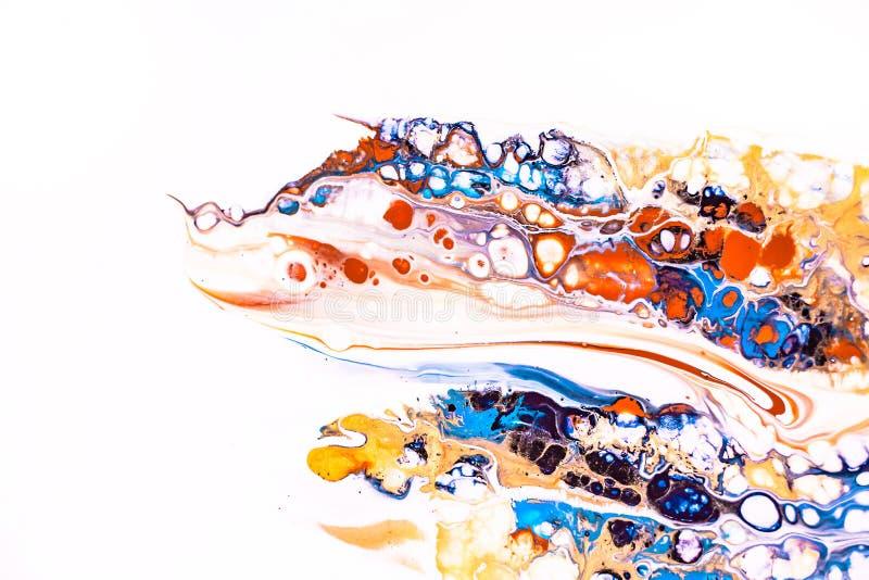 Mezcla de pinturas acrílicas Las ilustraciones modernas con manchan y salpican de la pintura del color Textura de mármol líquida  fotografía de archivo libre de regalías