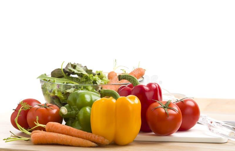 Mezcla de verduras en la ensalada imágenes de archivo libres de regalías