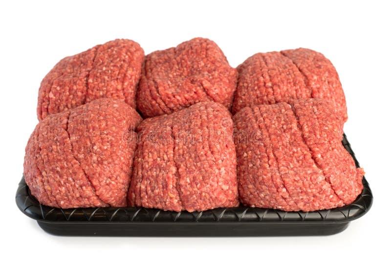 Mezcla picadita fresca de carne en una placa imagen de archivo