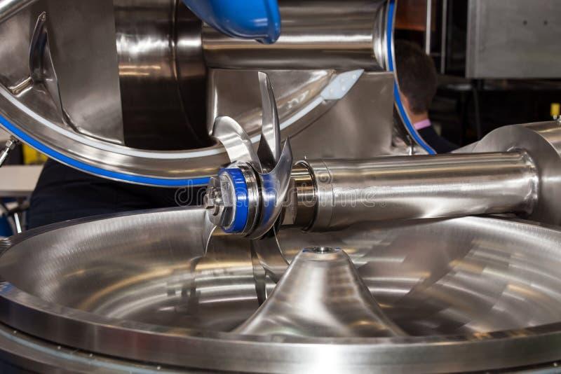 Mezclador de alimentos industrial foto de archivo libre de regalías