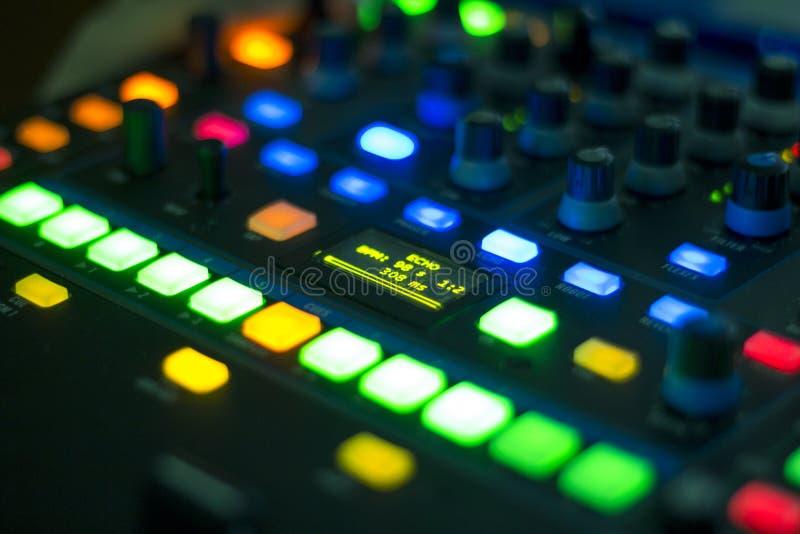 Mezclador del audio de DJ fotos de archivo