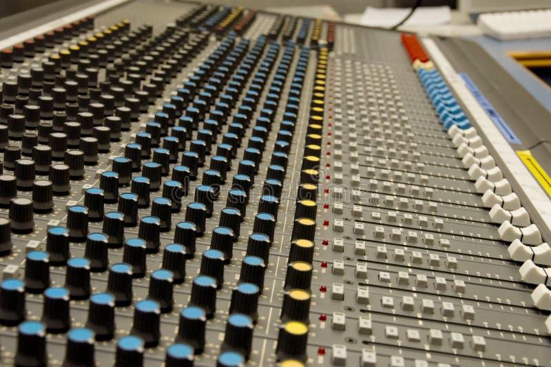 Mezclador del sonido y de la música fotos de archivo