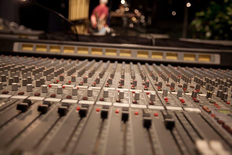 Mezcladora de audio imagenes de archivo