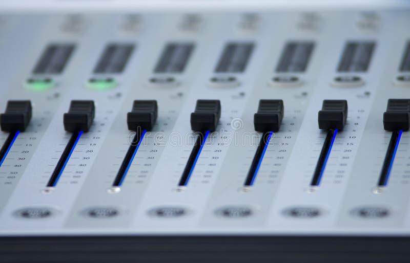 Mezcladora de audio imagen de archivo