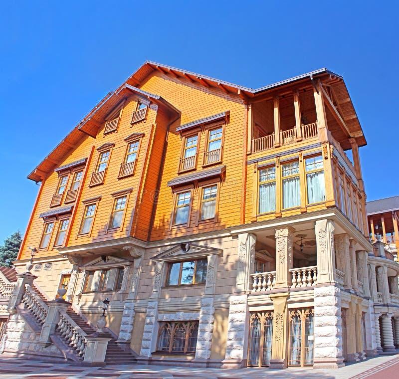 Mezhyhirya - residencia privada anterior del expresidente Yanukovich fotos de archivo