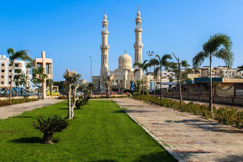 Mezquita Abdulhasan Elshazi Hurghada, Egipto imagenes de archivo