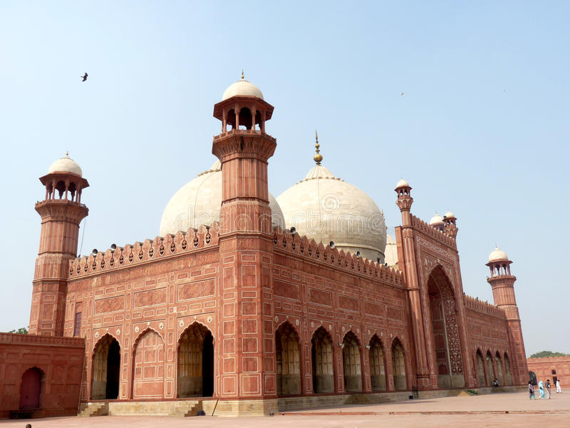 Mezquita de Badshahi imagenes de archivo