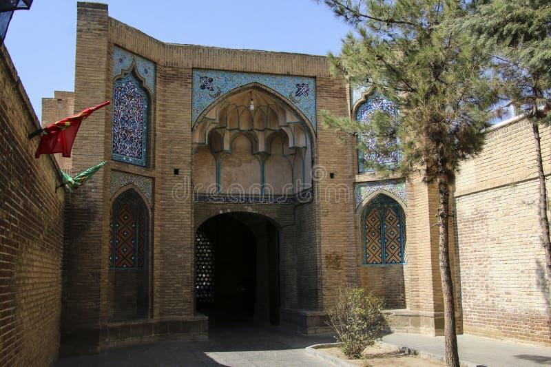 Mezquita de Jameh o mezquita de la catedral en Qazvin, Irán septentrional imagen de archivo