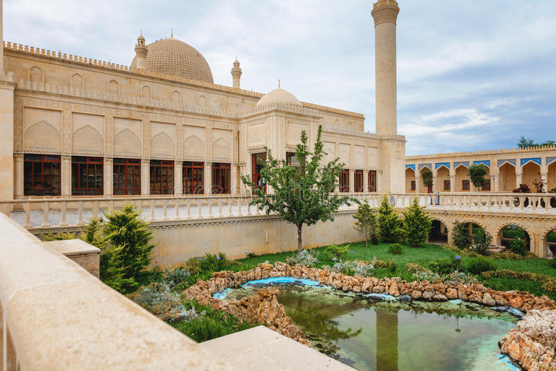 Mezquita de Juma, Samaxi Cume Mescidi, en Shamakhi, Azerbaijan imágenes de archivo libres de regalías
