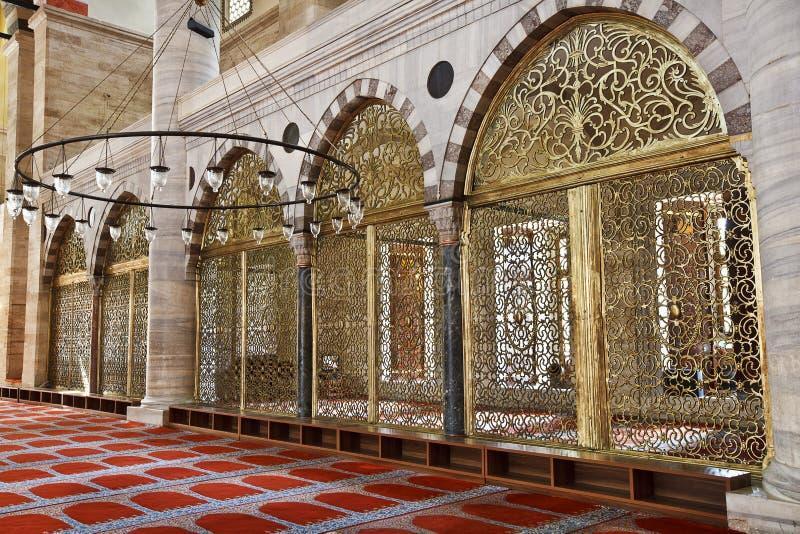 Mezquita de Suleymaniye en Estambul Turquía - interior imagen de archivo libre de regalías