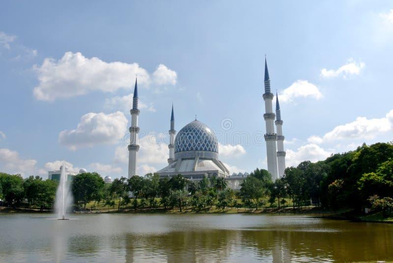 Mezquita a de Sultan Salahuddin Abdul Aziz Shah K un Sah Alam Mosque foto de archivo