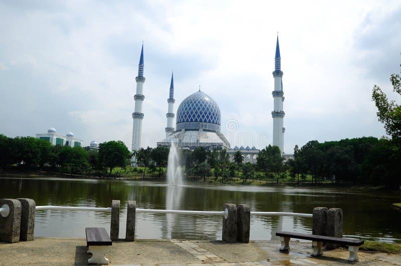 Mezquita a de Sultan Salahuddin Abdul Aziz Shah K un Sah Alam Mosque imagenes de archivo