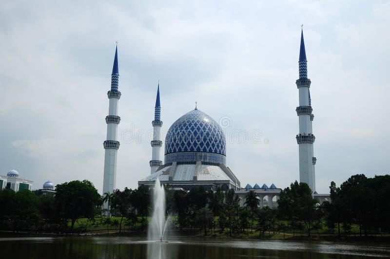 Mezquita a de Sultan Salahuddin Abdul Aziz Shah K un Sah Alam Mosque fotografía de archivo
