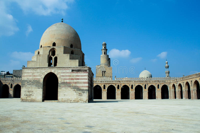Mezquita del tulun del ibn, El Cairo, Egipto foto de archivo libre de regalías