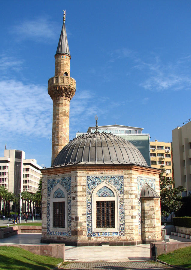 Mezquita en Esmirna (Konak Camii)