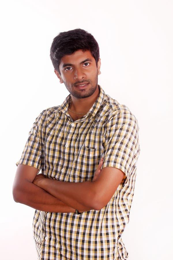 Mezzo ritratto di lunghezza del ragazzo teenager isolato su bianco fotografia stock libera da diritti