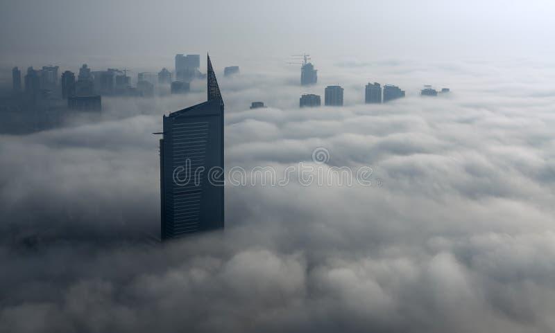 Mgła w Dubaj Marina zdjęcie royalty free