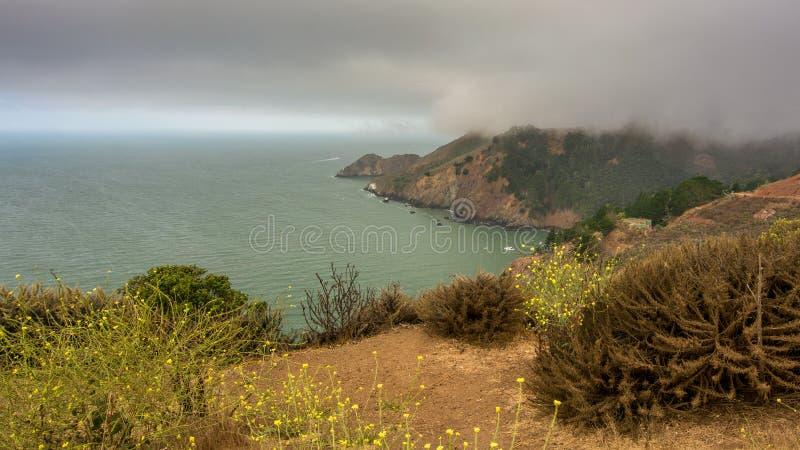Mgłowy ranek na golden gate północy zdjęcie royalty free