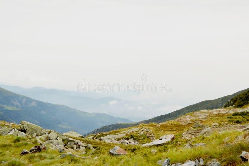 Mgłowy ranku widok Oropa pasmo górskie Majestatyczna lato scena Dolomiti Alps, Włochy, Europa obrazy royalty free