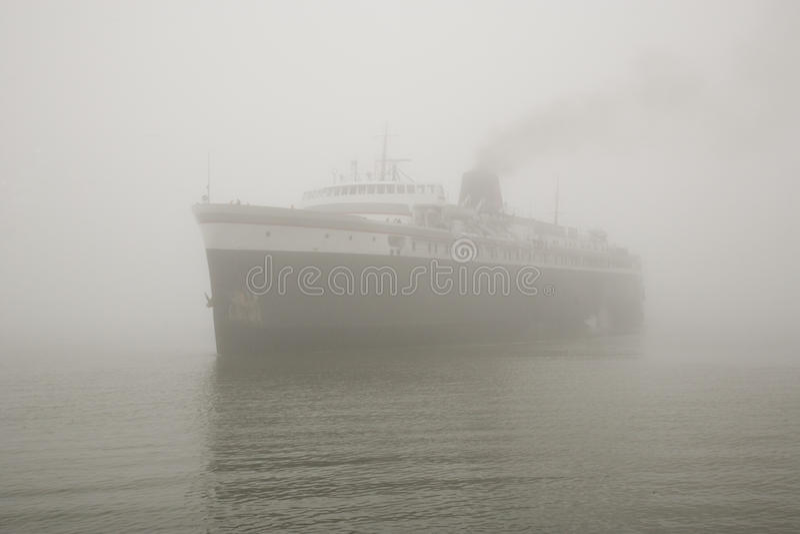 mgły statku kontrpara fotografia stock