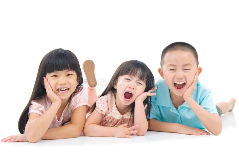 Miúdos asiáticos imagem de stock