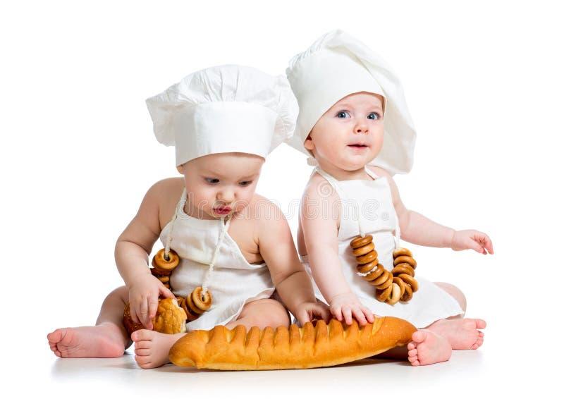 Miúdos menino e menina dos bebês imagem de stock