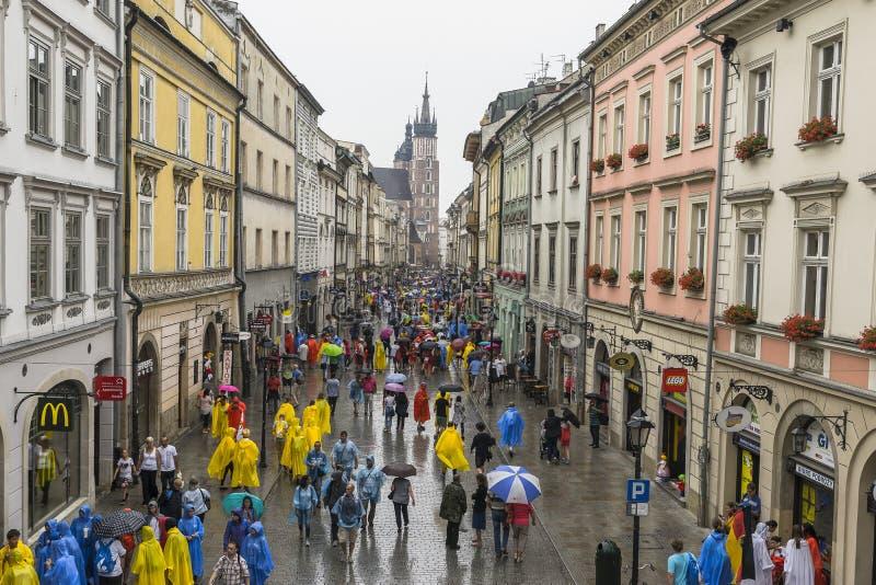 Międzynarodowi pielgrzymi w Krakow obrazy stock