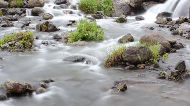 Miękka bieżąca woda obraz stock