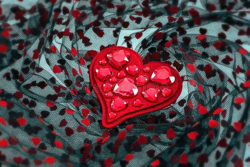 Miękki czerwony serce z krystalicznymi sercami zdjęcie royalty free