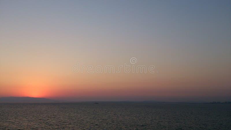 Miękki zmierzch nad morze zdjęcie royalty free