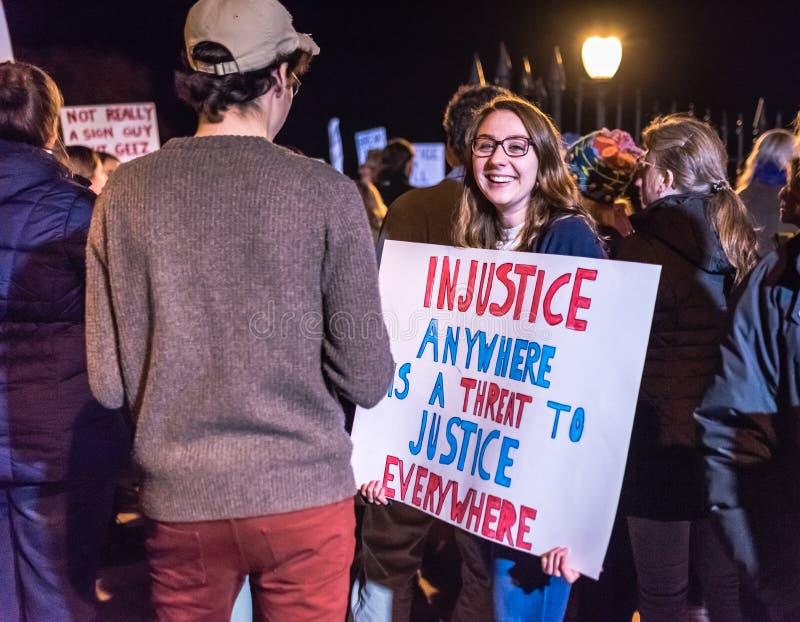 Miłość atutów nienawiści marsz protestacyjny - Saratoga wiosny, NY obraz royalty free