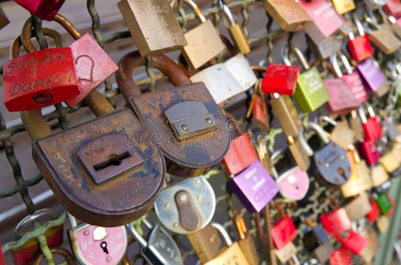 Miłość kłódki obrazy royalty free