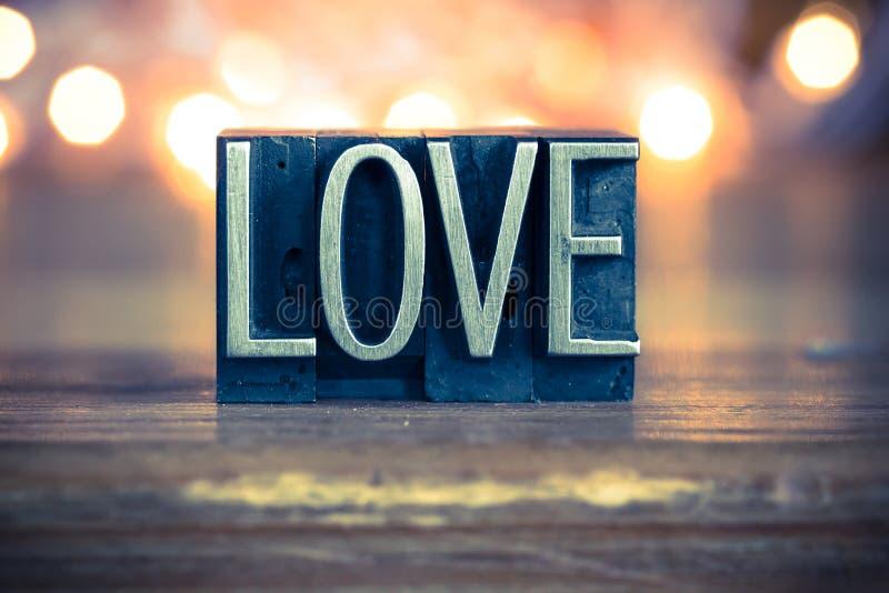 Miłości pojęcia metalu Letterpress typ zdjęcie stock