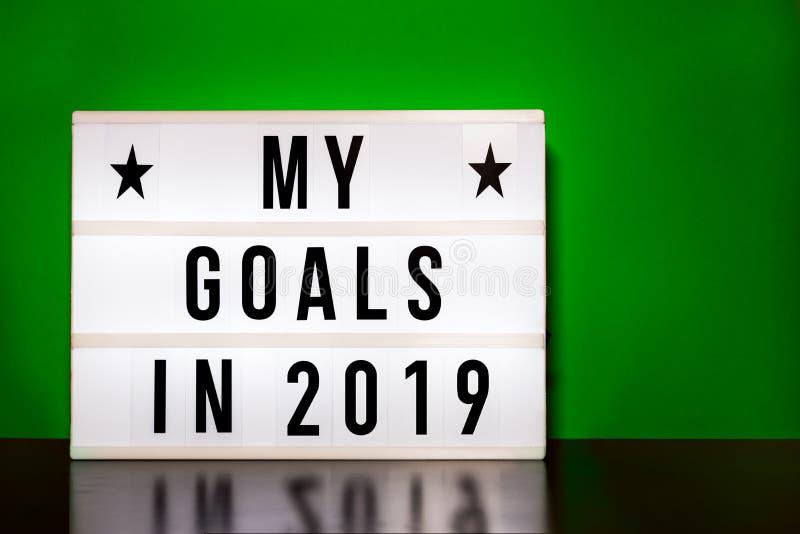 Mi muestra de las metas 2019 - letras del estilo del cine en la caja de luz fotografía de archivo