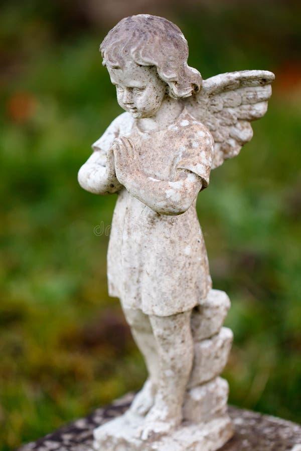 Mi pequeño ángel con alas fotografía de archivo
