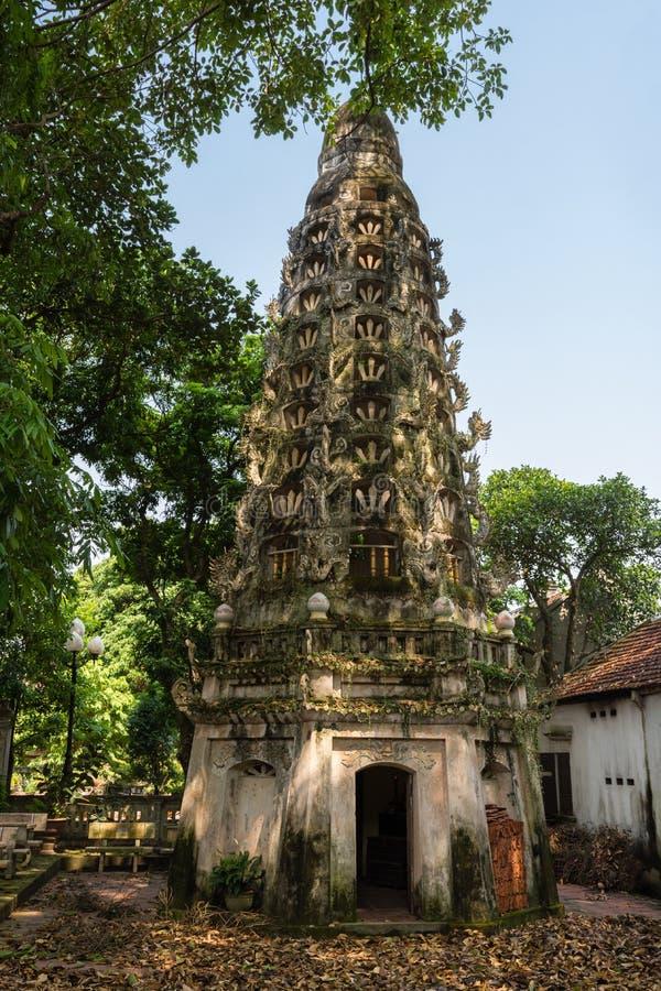 Mia Pagoda i Duong Lam royaltyfri fotografi