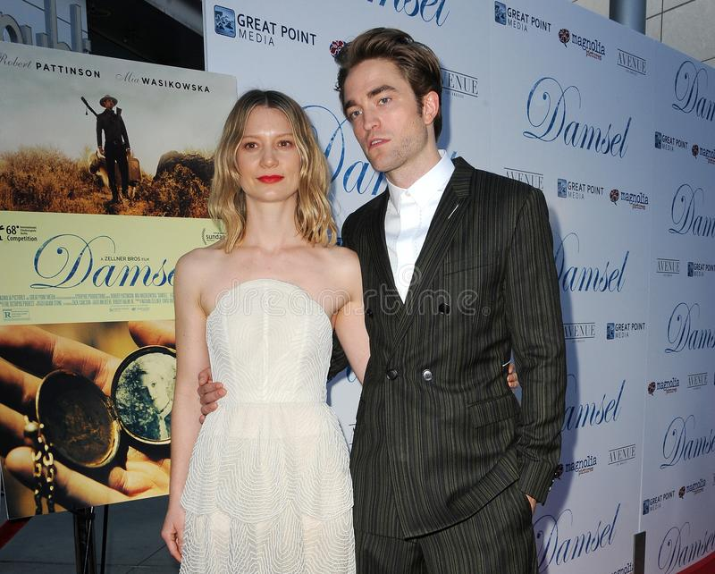 Mia Wasikowska, Роберт Pattinson стоковое фото rf