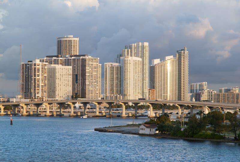 Miami śródmieścia budynki mieszkaniowi obrazy stock