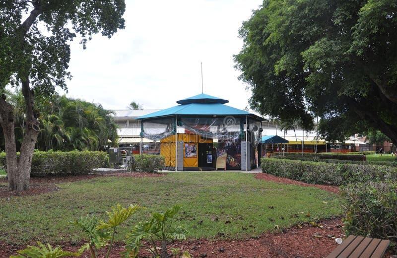 Miami Beach FL, le 9 août : Kiosque du centre de parc de Miami Beach en Floride Etats-Unis photographie stock