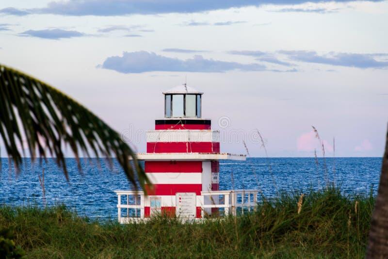Miami Beach /FL, USA sikt av stranden från den södra Pointe pir royaltyfri fotografi