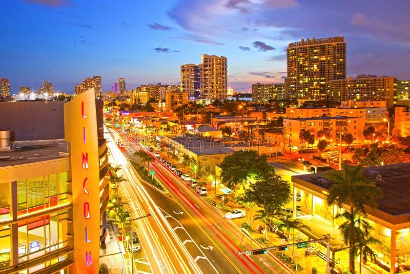 Lincoln Mall Movie Theater Miami Beach