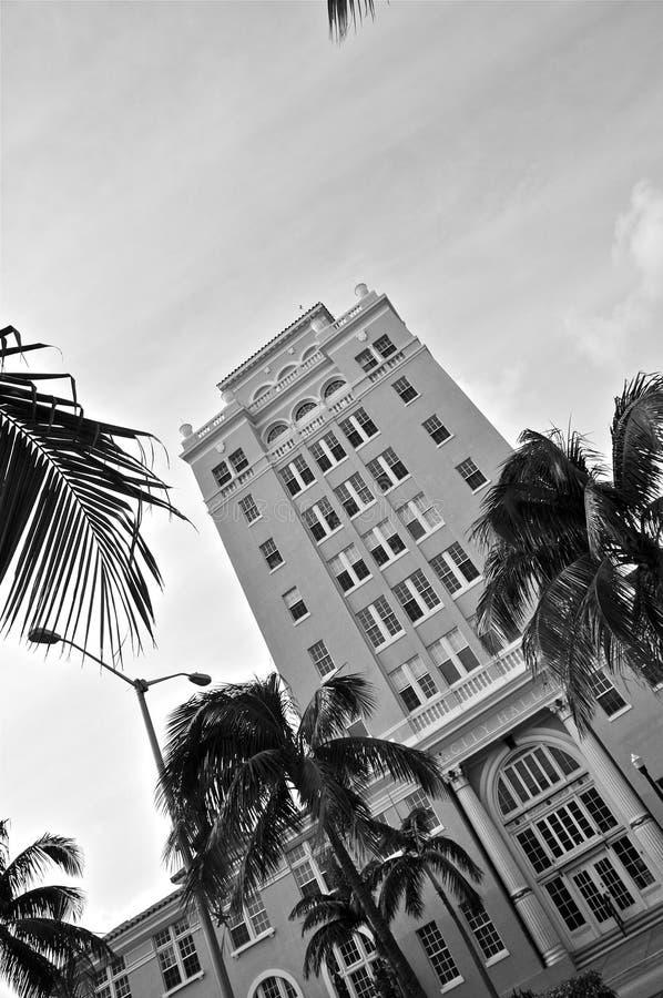 Miami Beach stadshus B&W royaltyfri foto
