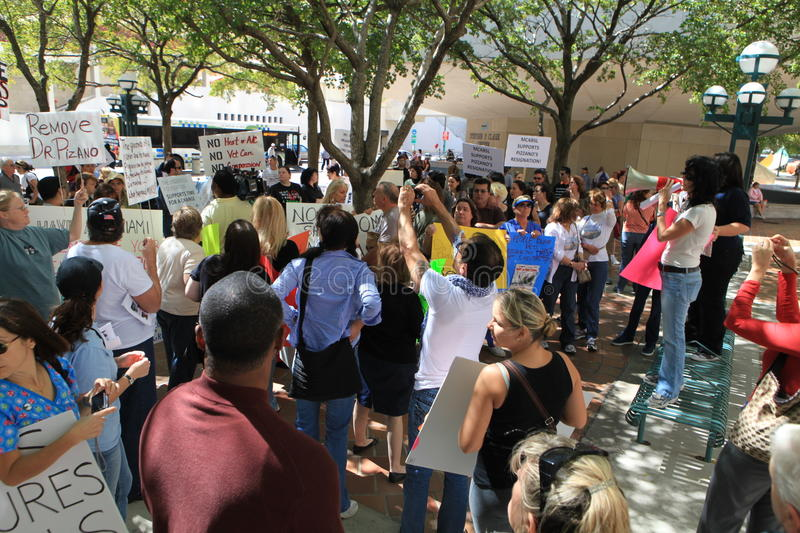 Download Miami-Dade Shelter Protest Editorial Stock Photo - Image: 18353488