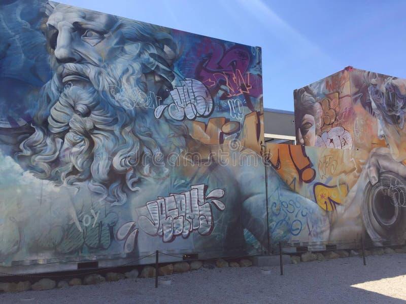 Miami för väggkonstgrafity färg arkivfoto