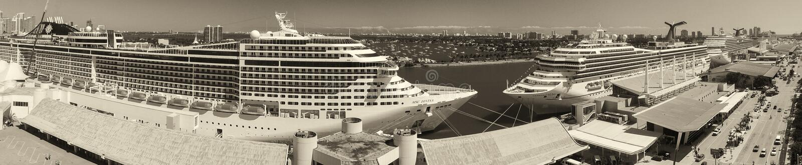 MIAMI - FEBRUARY 27, 2016: Aerial view of port with cruise ships stock images