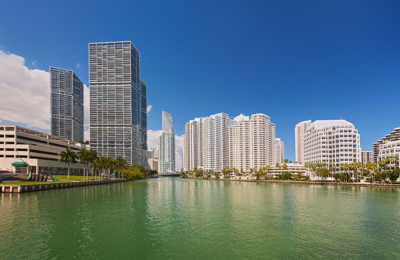 Stadt im Stadtzentrum gelegener Gebäude Miamis Florida lizenzfreie stockfotografie