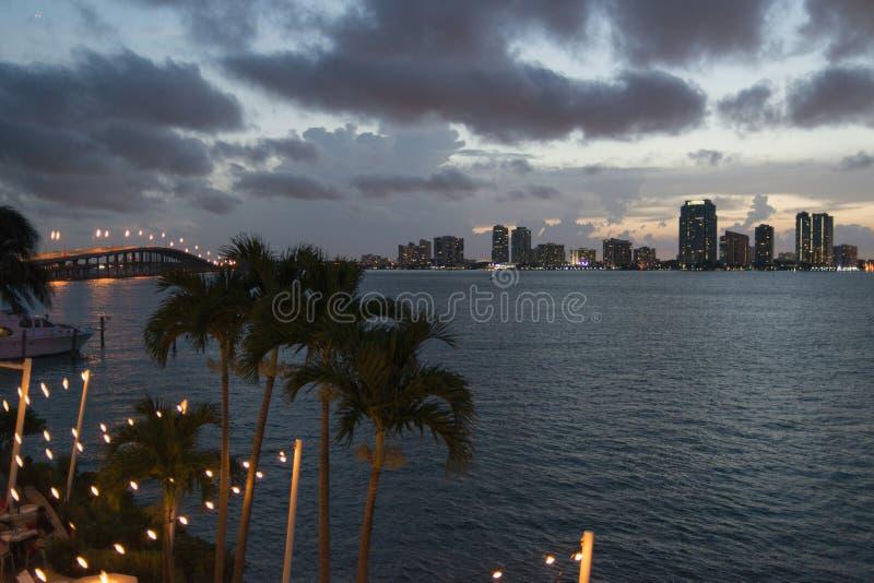 Miami-Stadtbild lizenzfreie stockfotografie
