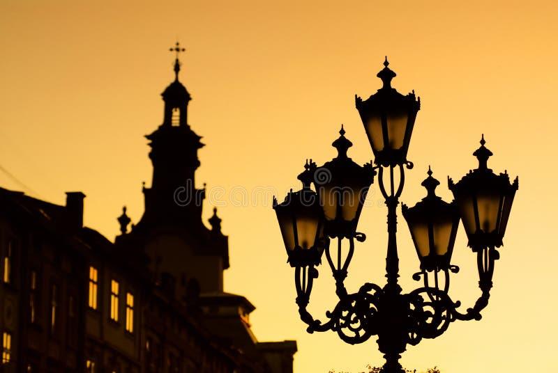 miasta lampionu zmierzch fotografia royalty free