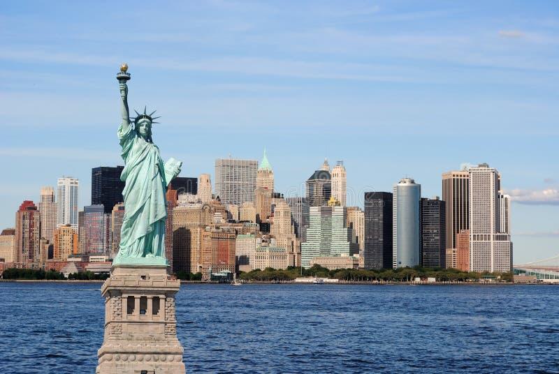 miasta swobody nowa linia horyzontu statua York zdjęcia stock