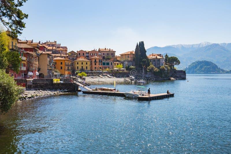 Miasteczko Varenna na jeziornym Como w Mediolan, Włochy zdjęcie stock